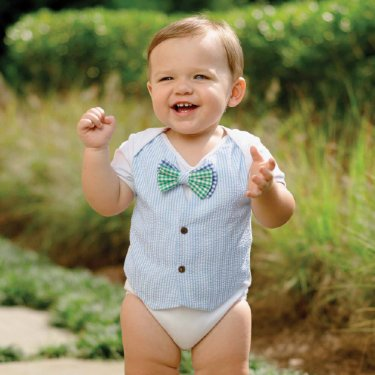 Baby Girl and Boy Outfits For Easter Easter is a wonderful time to celebrate with family. Make this one even more memorable and fun with an adorable Easter outfit or dress for your infant from Gap!